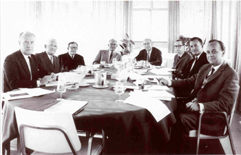 Editorial advisory board of Vinken and Bruyn in the 1960s: (L-R) M. Critchley, A. Biemond, R. Garcin, K.J. Zülch, S. Refsum, P.J. Vinken, E. van Tongeren and G.W. Bruyn.