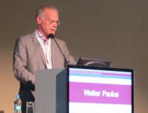 Prof. Walter Paulus discussed clinician training.